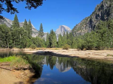 Photo :  Rivière Merced et Dome à Yosemite National Park